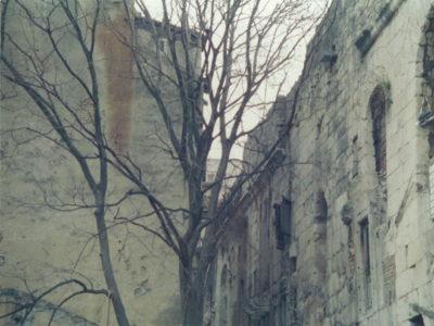 Grad u sivom (43. kadar)
